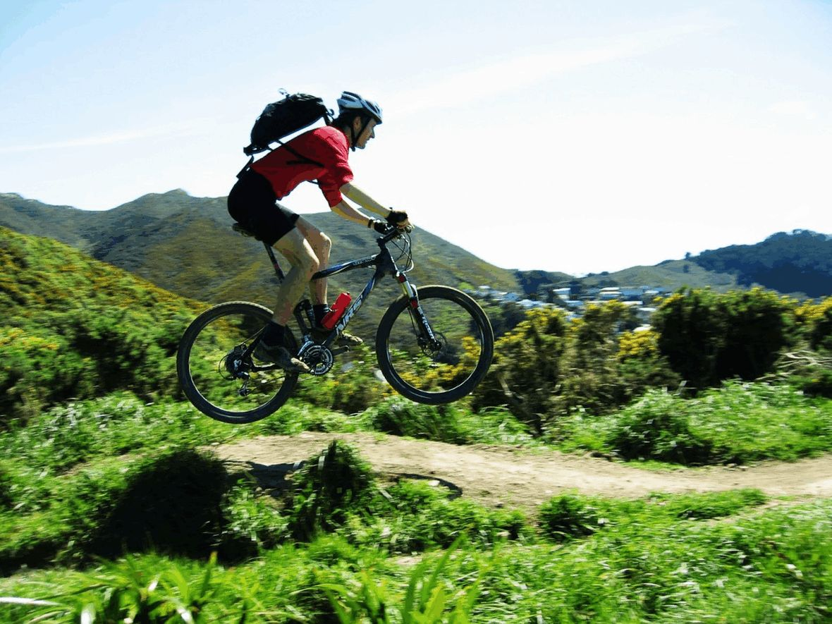 Mountain bike jumping