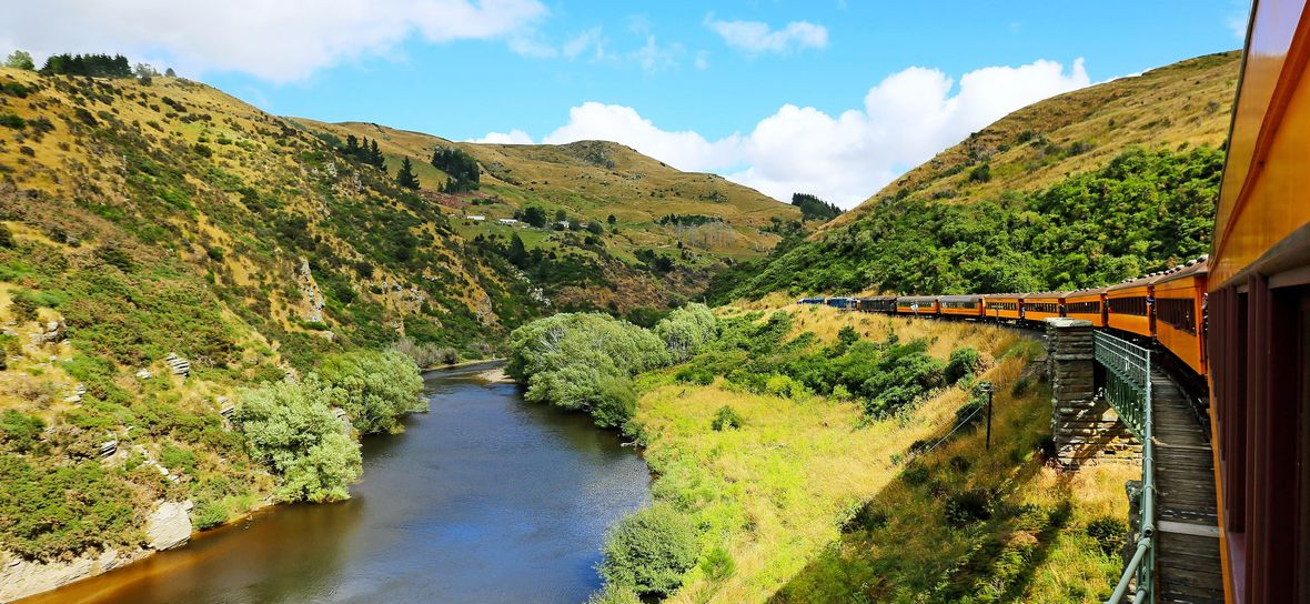 Taieri Gorge Train, Otago, New Zealand