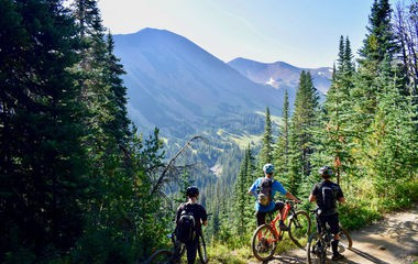5 biggest benefits of spending your vacation on a bike tour