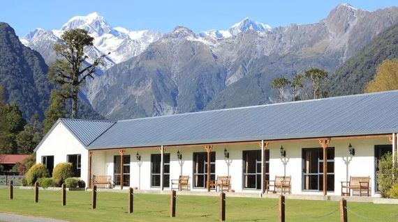 Spacious accommodations with unimpeded majestic views of New Zealand's highest mountains, Aoraki Mt Cook and Mt Tasman