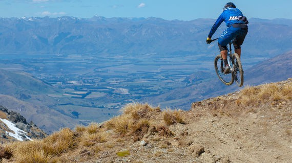 Try some fast trails at Queenstown Bike Park