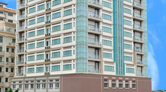 A comfortable hotel close to downtown Yangon