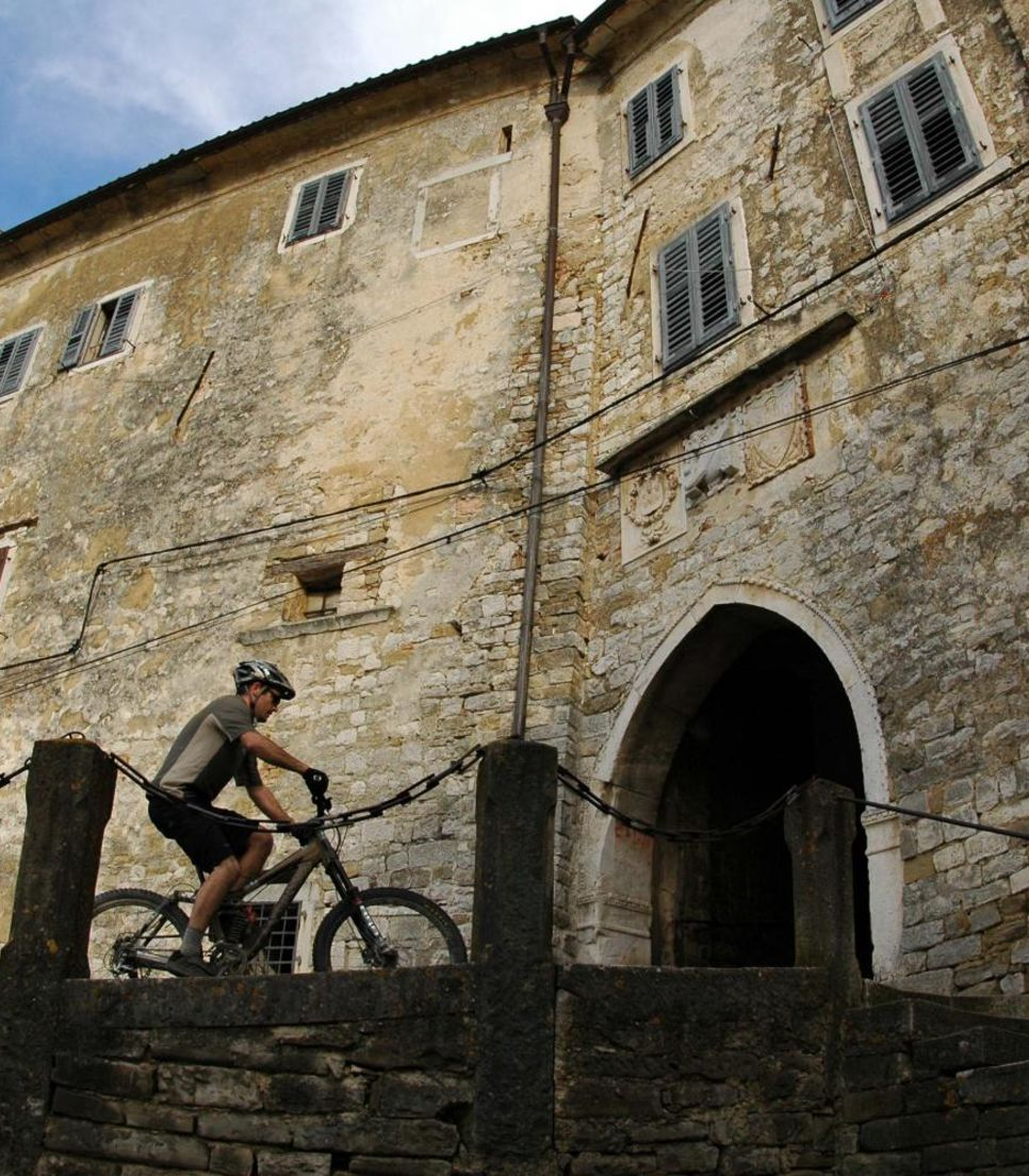 Ponder how Croatians lived centuries ago as you cycle through historic buildings
