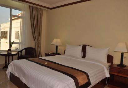 KM Hotel