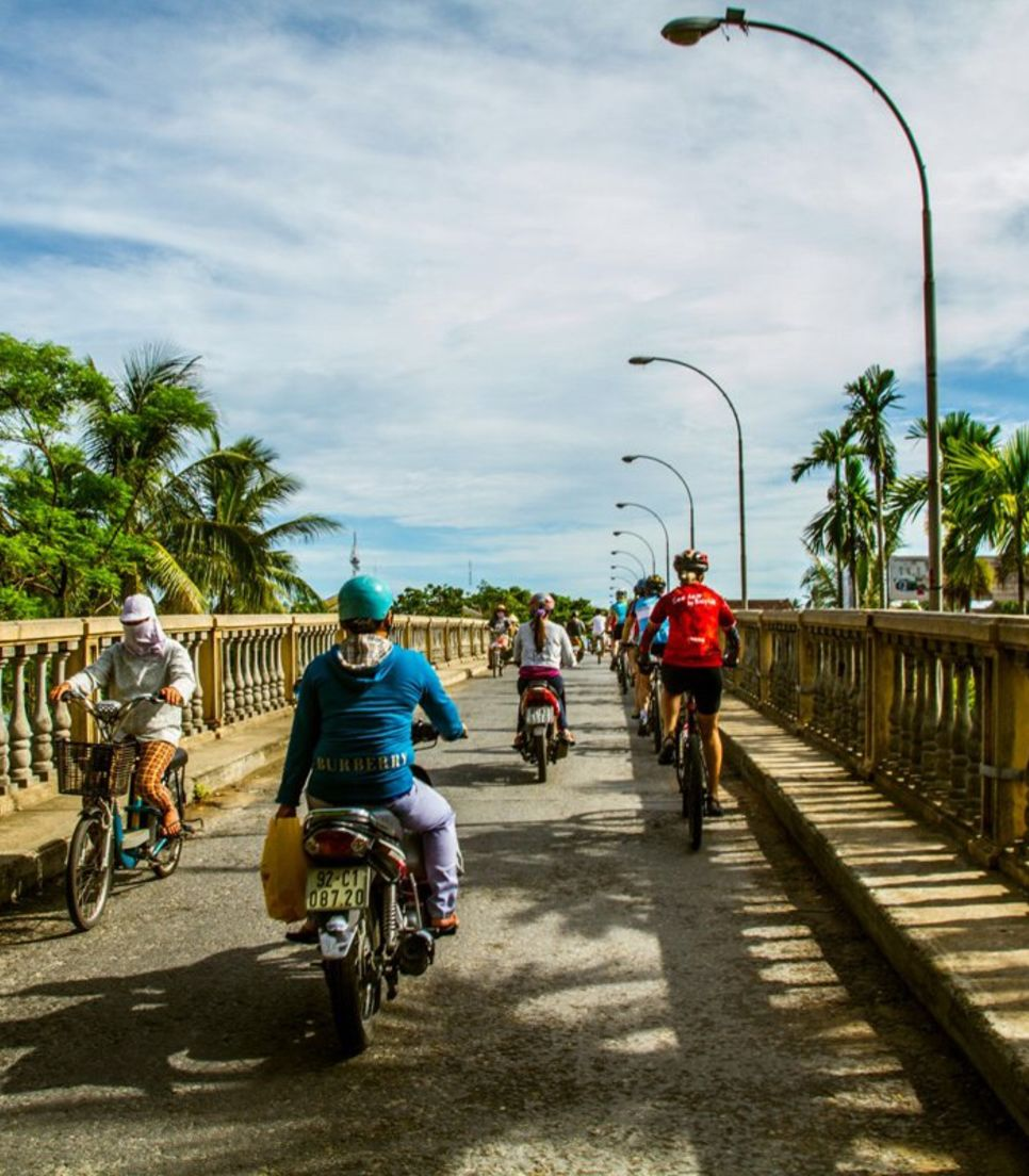 Go around Vietnam in the best way possible – on bicycles!