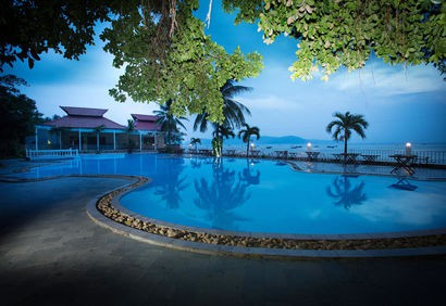 Royal Hotel and Healthcare Resort