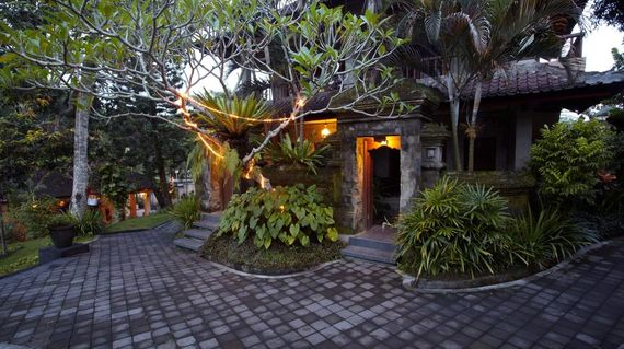 Traditional Balinese style hotel on the edges of Ubud Monkey Forest