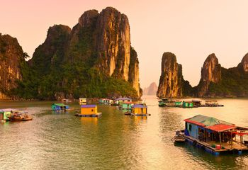 Vietnam Bike Tour: Ha Long Bay Cycle and Cruise