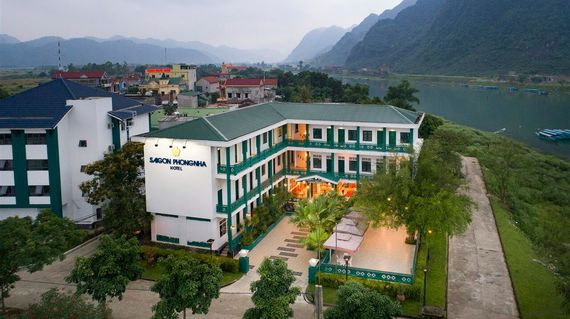On the edge of the Phong Nha National Park, this hotel is surrounded by natural wonders and will ensure you rest in peaceful bliss