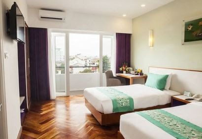 Hotel Emm's clean and modern rooms