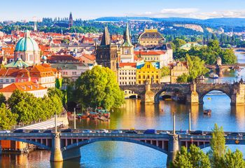 Panoramic & Prague Castle - City Bike Tour
