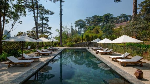 Relax and indulge on the slopes of Dalat's rural highlands at this beautiful resort