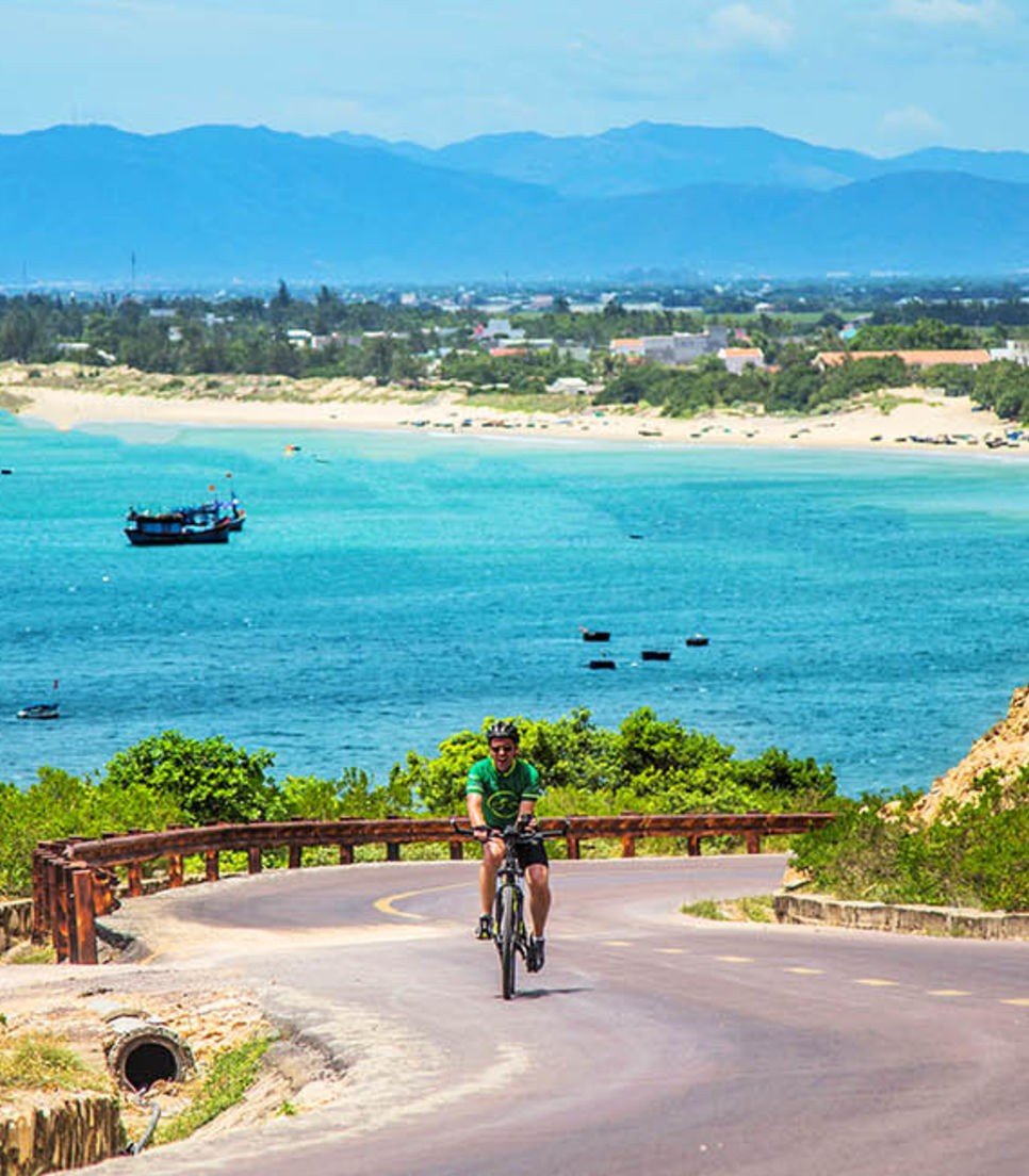 Ride past turquoise waters and idyllic beaches on this picturesque tour