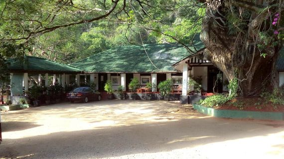 Relax in peaceful surroundings on the banks of the Belihuoya River