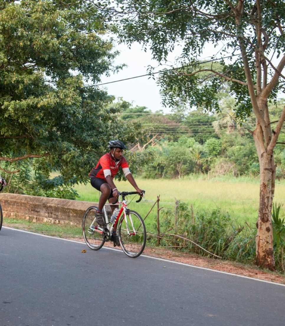 Sri Lanka is fast becoming a dream destination for cyclists with its charming culture, beautiful vistas and fairly flat road biking