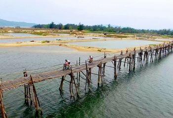 Freedom Biking Vietnam's Ocean Road