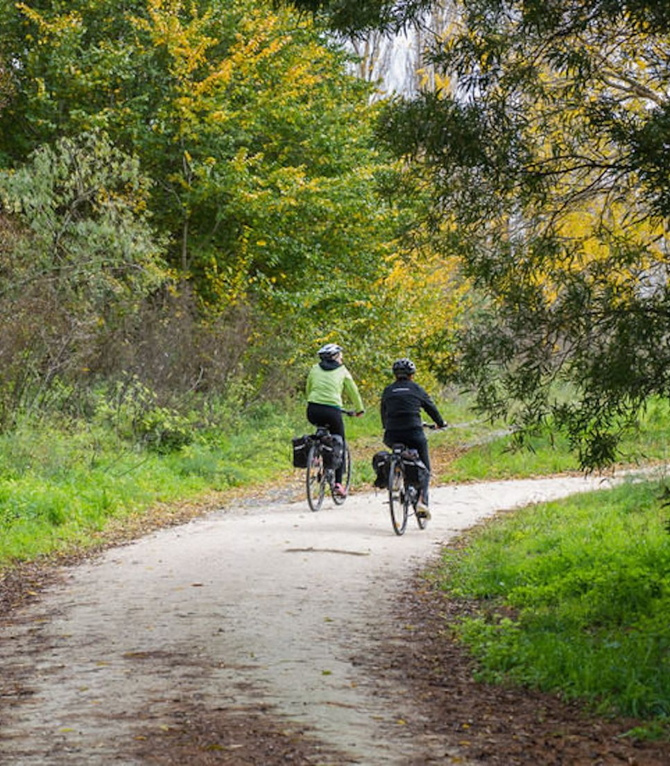 Follow this popular trail on day 2 enjoying the varied scenery and relaxing environment