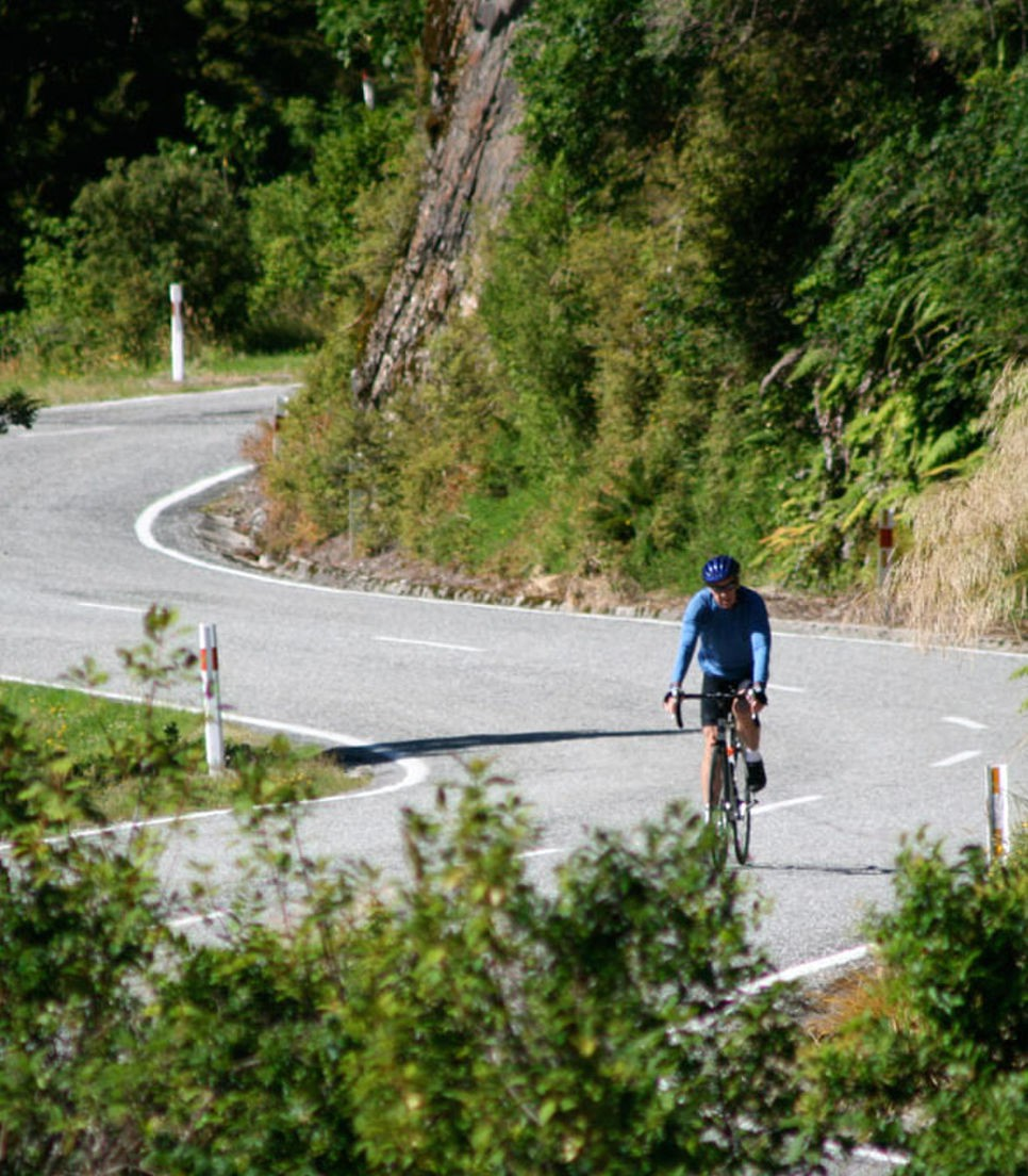 Pedal your way around New Zealand from the comfort of an E-bike