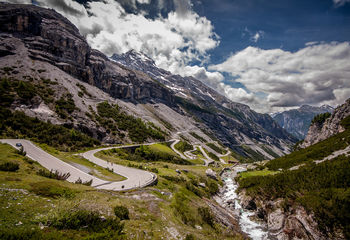 Biking Tours Italy: The Great Alps