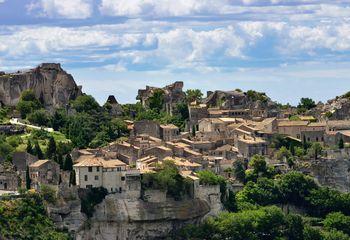 Tour de Provence Roman: Cycling Holiday Provence