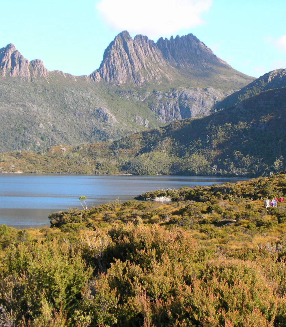 Bask in the splendour of Cradle Mountain as you explore the national parks of Tasmania