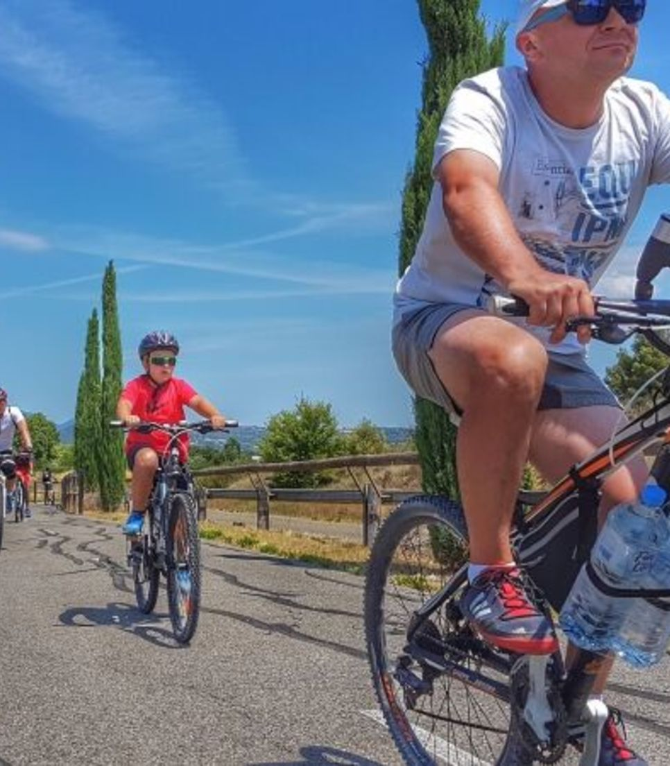 Explore Provence by bike with family, friends or on your own