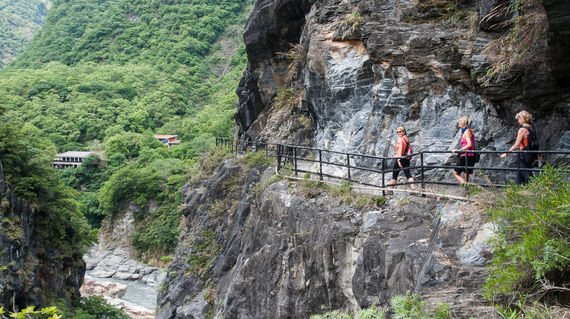 One of the spectacular hikes available on the rest day in Taroko National Park