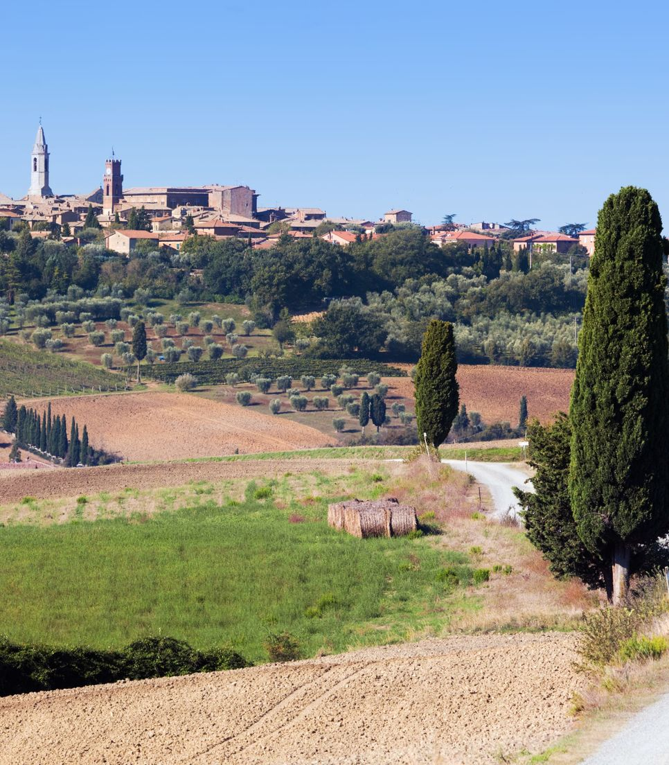 Cycle through the beautiful landscape of Tuscany