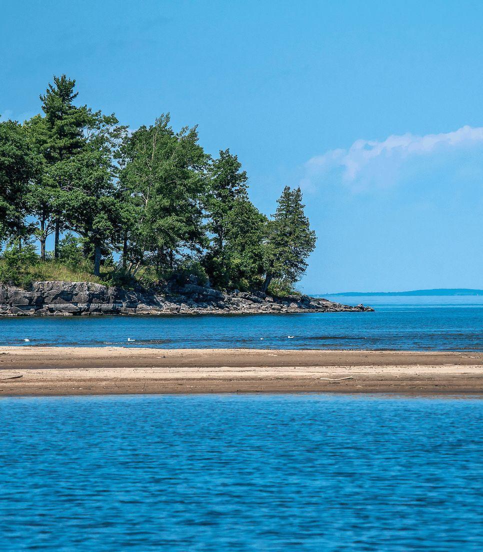 Enjoy the beauty and serenity of Lake Champlain