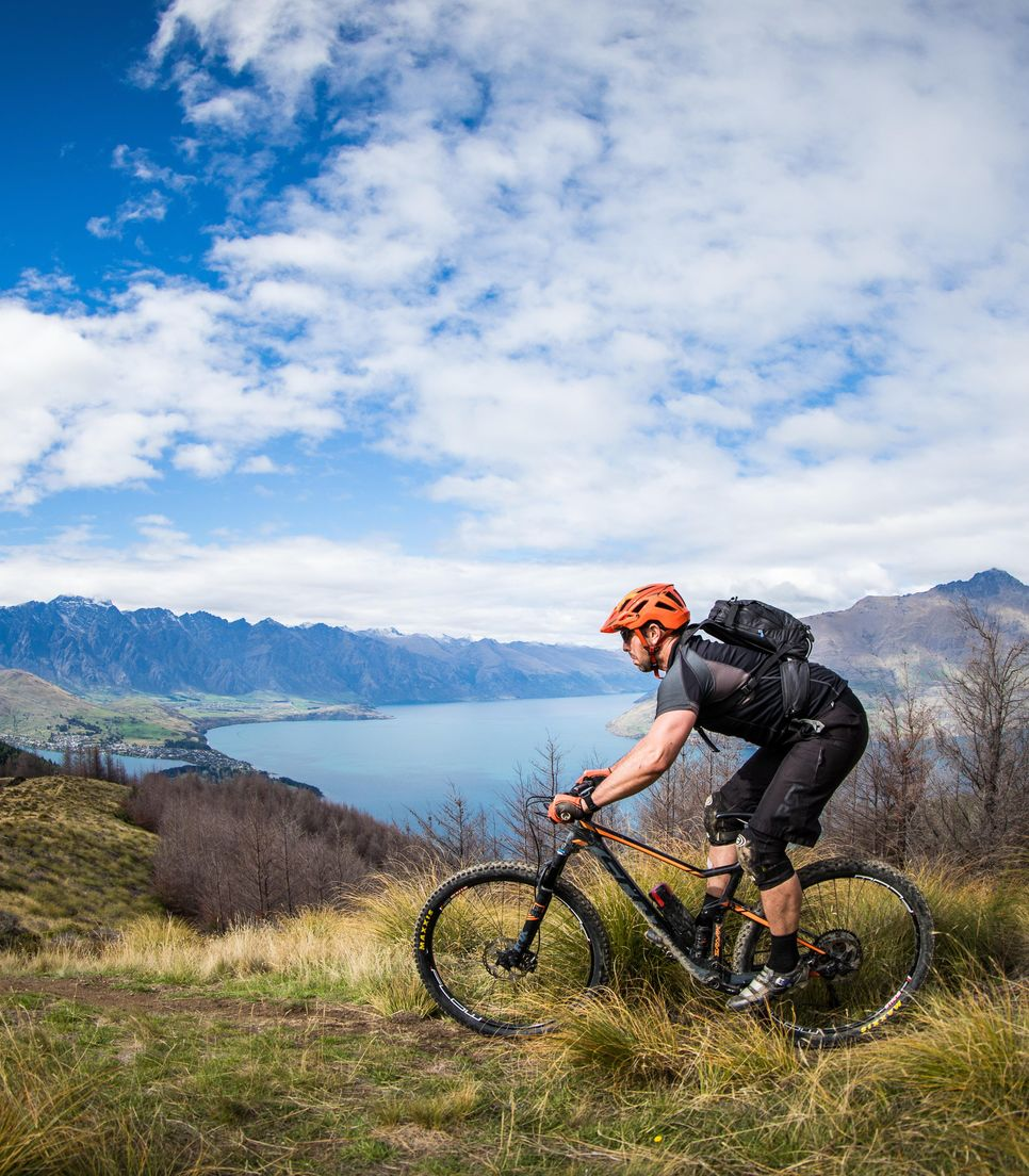 Bike the mountains and lakes of the South Island