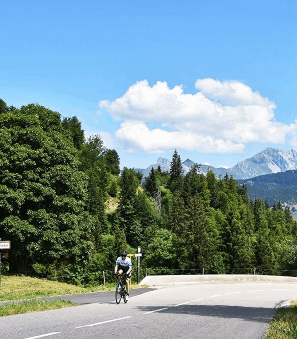 Enjoy cycling on the roads in the region