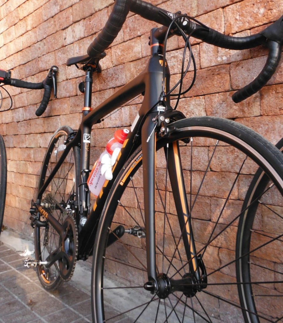 Quality standard or carbon road bikes are available to rent