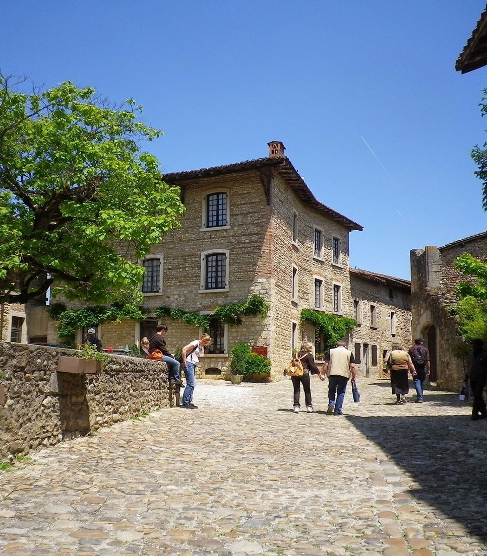 Bike the historic towns and villages of the region