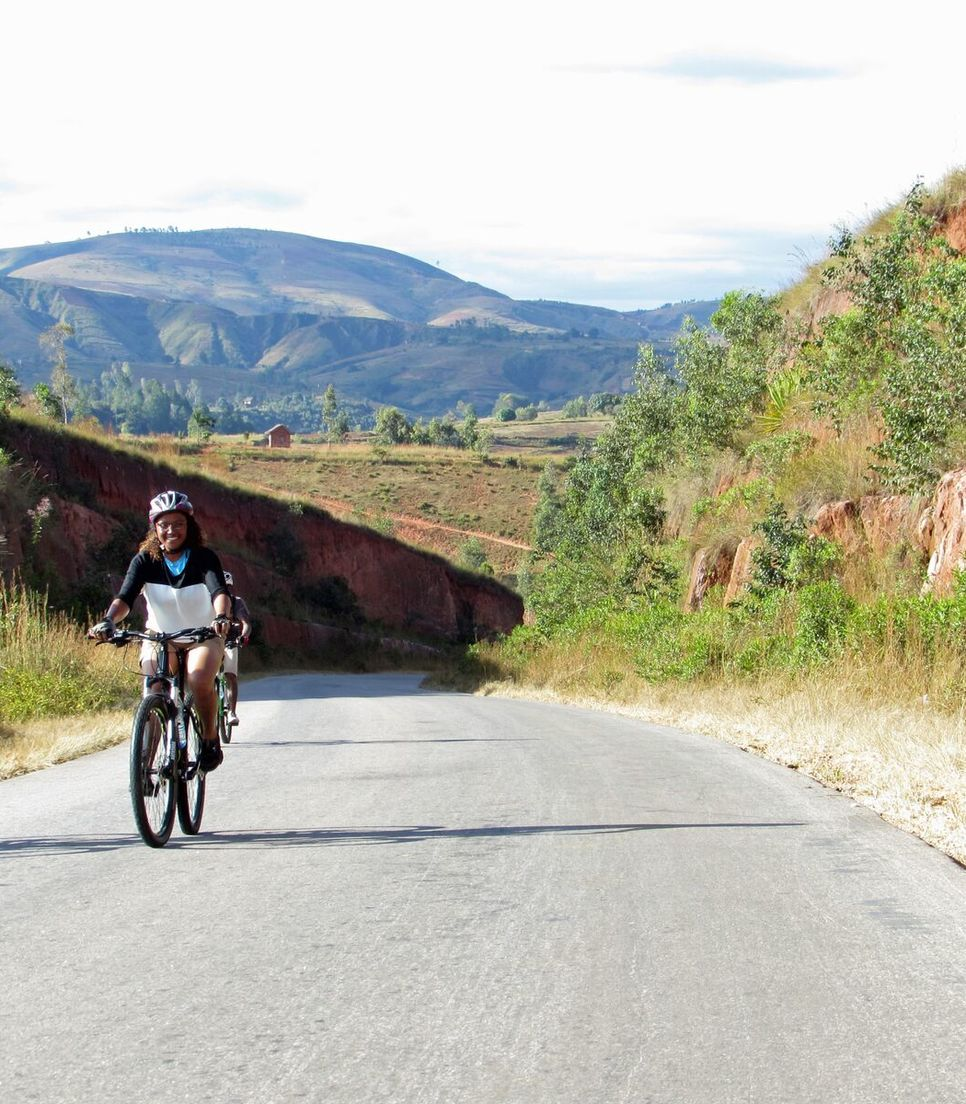 Explore the depths of Madagascar by bicycle