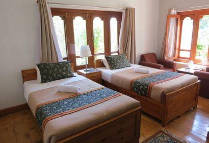 Meri Puensum Hotel