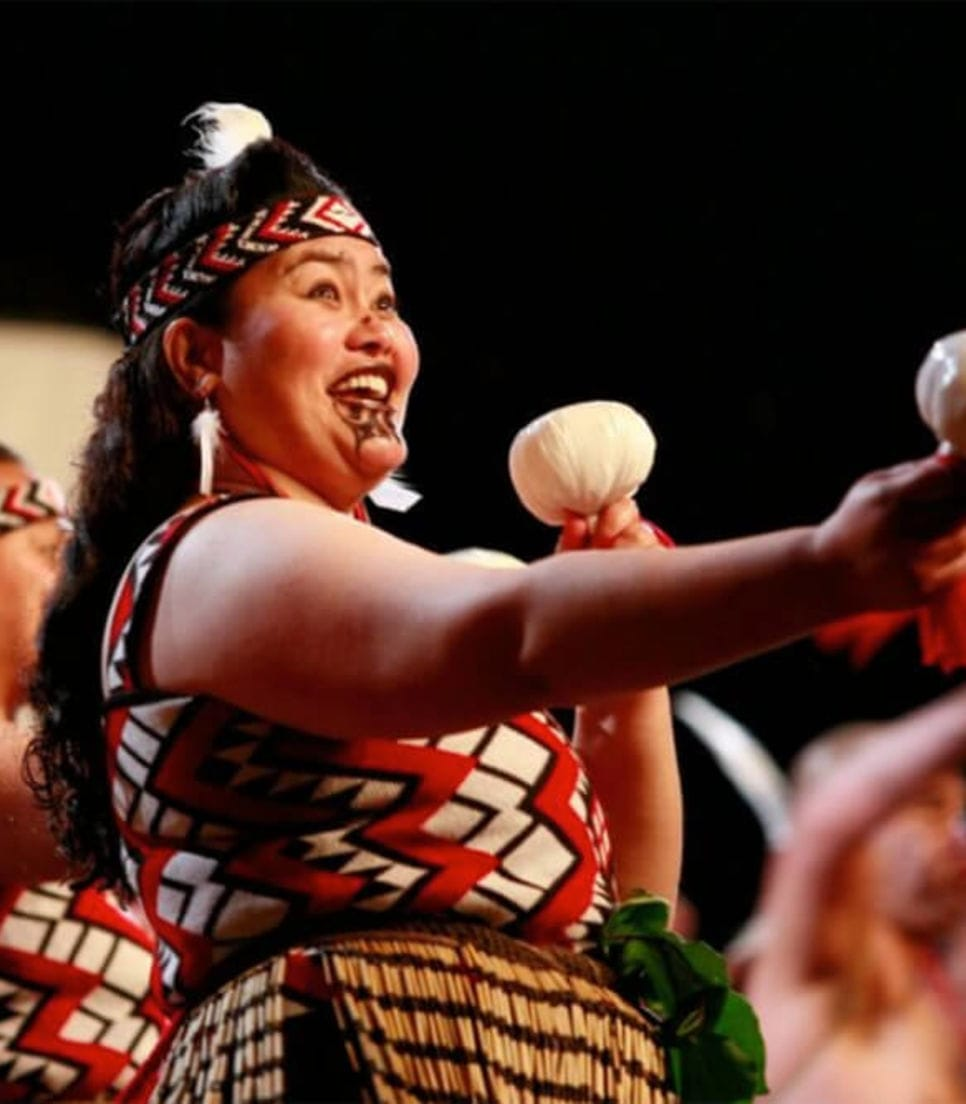 Experience a wonderful show and hangi dinner in Rotorua