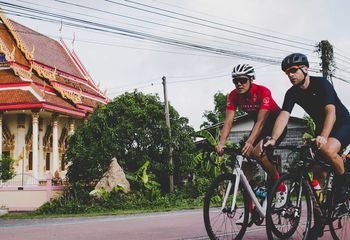 Thailand to Malaysia by Road Bike