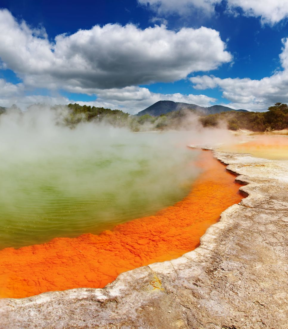 The tour starts and ends in the MTB mecca of Rotorua, also renowned as a thermal hotspot of NZ