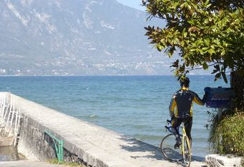 Three Lake Cycling: Geneva, Bourget & Annecy (Option A+)