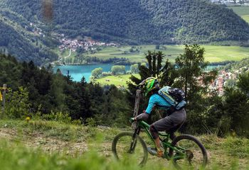 Women-Only Mountain Bike Retreat