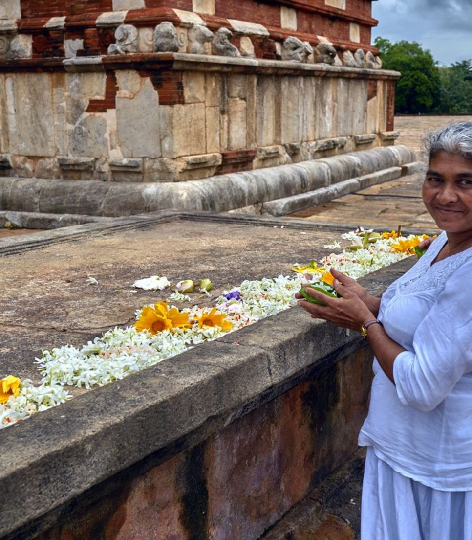 Observe Sri Lankan traditions and beliefs
