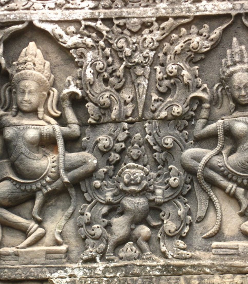 Visit Banteay Srey temple which boasts of well-preserved bas reliefs