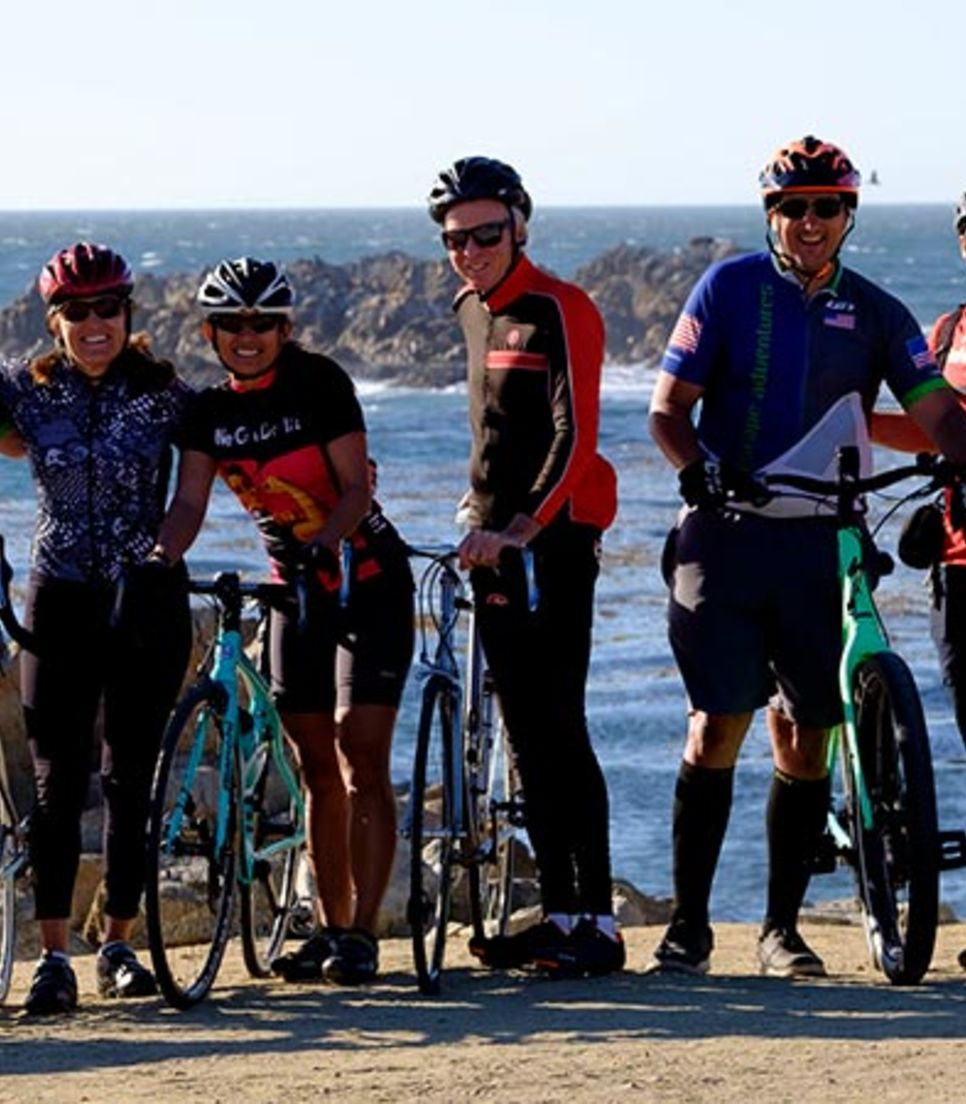 Explore Oregon in the good company of other cyclists