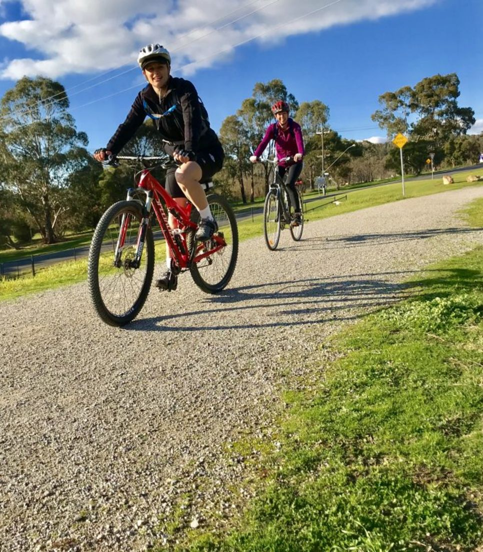 Try a leisurely day cycle tour to enjoy the Yarra Valley in the best way