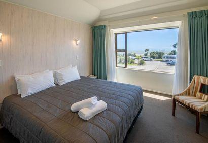 Beachfront Hotel Hokitika