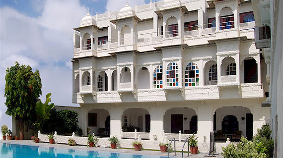 Spend the last two days of the tour in luxurious surroundings