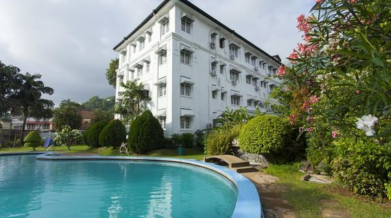 Opposite Kandy Lake lies this upscale hotel in an 18th-century, Colonial-style building with plush accommodations